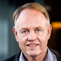 Portrett af Gunnari Óskarssyni, lektor við Viðskiptafræðideild á Félagsvísindasviði Háskóla Íslands